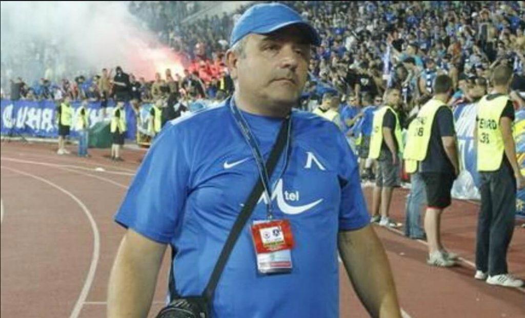 Гугутката е лудер на агитката на футболен клуб Левски София. Името на Гугутката е Владимир Владимиров