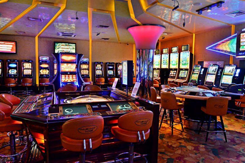 казино Luxor